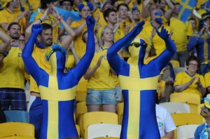 Swedish_football_supporters_20120611